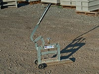 guillotine-stone-splitter-rental