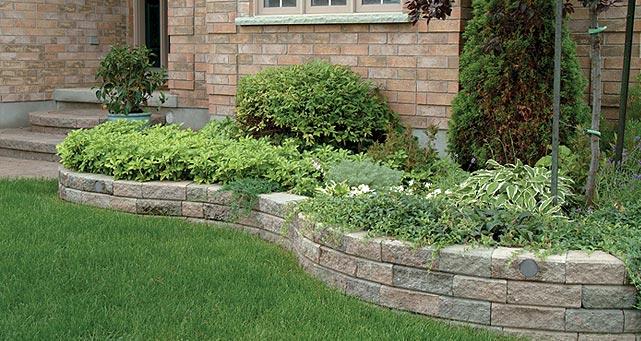 retaining-garden-wall-wedgestone